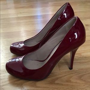 Vince Camuto red patent leather pumps, Size 7.5
